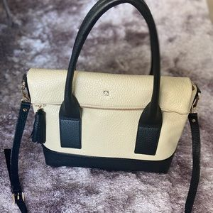 Brand New Kate Spade purse with duster bag - chic!